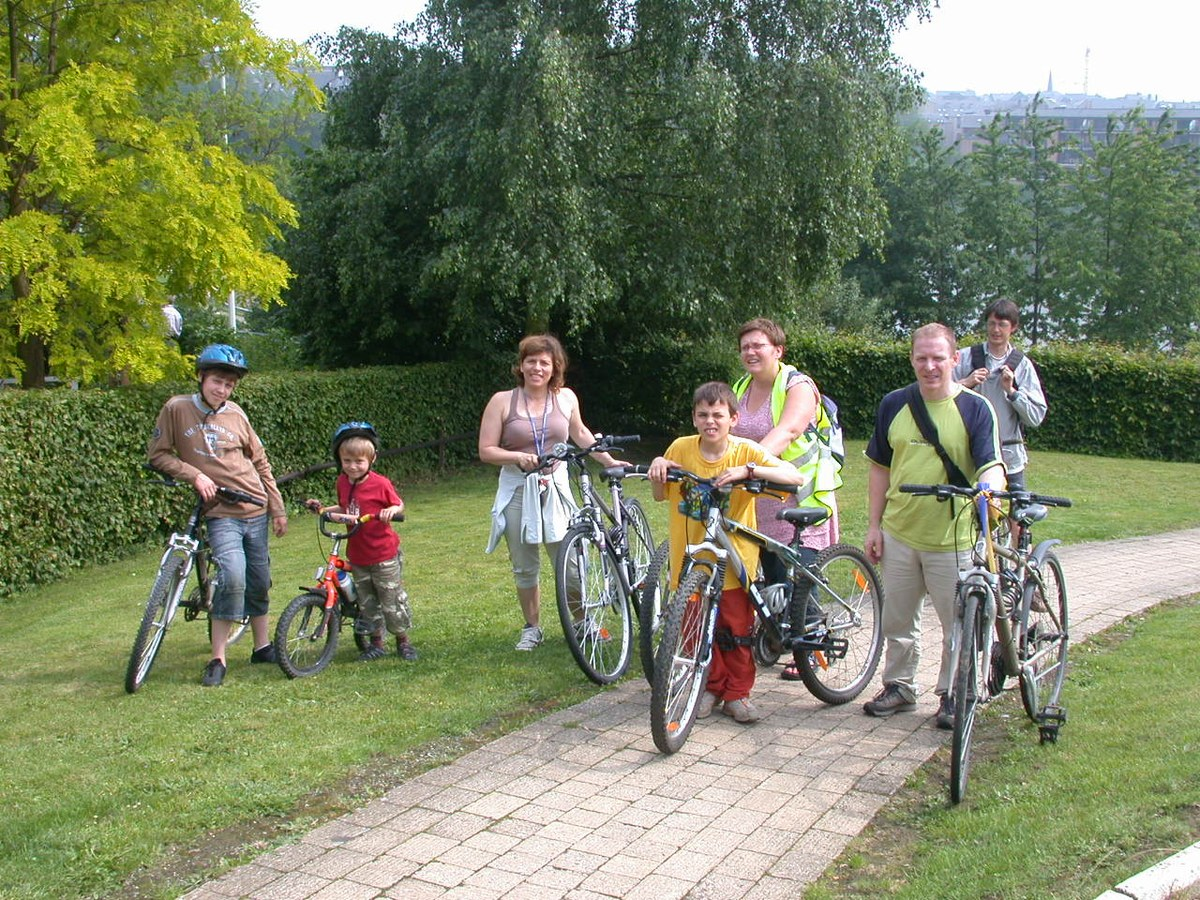 Cyclistes famille